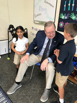 King students question Mayor David Martin about how Stamford works