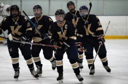 Vikings Earn 2019-20 FAA Ice Hockey Sportsmanship Award